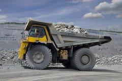 Carrello di miniera pesante Fotografie Stock Libere da Diritti