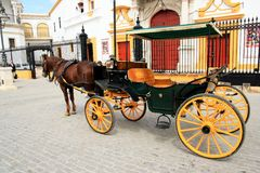 Carrello e cavallo in Siviglia, Spagna Fotografia Stock