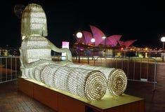 Carrello ed il teatro dell'opera Sydney viva 2015 Immagini Stock