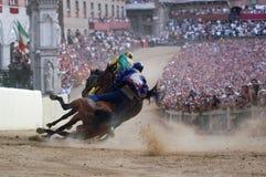 Carrera de caballos del palio de Siena
