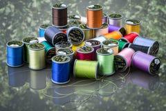 Carretéis coloridos da linha Imagem de Stock