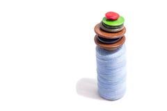 Carrete de la cuerda de rosca y de botones Foto de archivo