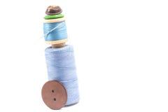 Carrete de la cuerda de rosca y de botones Fotos de archivo