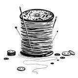 Carrete del hilo con las agujas y los botones Fotos de archivo libres de regalías