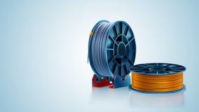 carretel ou bobina do filamento da impressão 3d no suporte no fundo branco Material plástico colorido para a impressora 3d Prata  Imagem de Stock Royalty Free