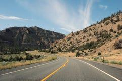 Carretera arrebatadora los E.E.U.U. de cercano oeste de la curva del paisaje de Roadtrip Imágenes de archivo libres de regalías