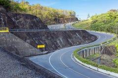 Carretera con curvas Foto de archivo libre de regalías