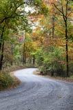 Carretera con curvas colorida vibrante Imagen de archivo libre de regalías