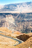 Carretera Curvy con paisaje de la montaña, Jordania. Imagenes de archivo