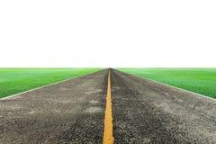 carretera de asfalto vacía con la hierba verde en el fondo blanco para el desi Imagenes de archivo