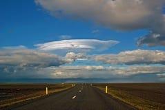 Carretera de circunvalación en Islandia del sur Imágenes de archivo libres de regalías