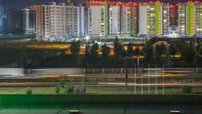Carretera de circunvalación video del suburbio de la noche metrajes