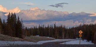 Carretera de la montaña alta Imagen de archivo libre de regalías