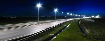 Carretera de la noche imagen de archivo libre de regalías