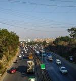 Carretera del banglore de Pune en la India una visión desde el chowk del chandani, Pune, la India imagen de archivo libre de regalías