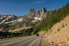 Carretera del norte de las cascadas Imagenes de archivo