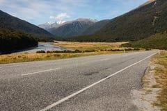 Carretera del paso de Haast en Nueva Zelanda Imagen de archivo libre de regalías