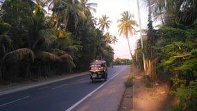 Carretera del pueblo imagen de archivo