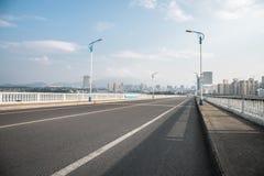 Carretera del puente del acercamiento imagen de archivo libre de regalías