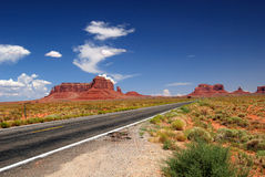 Carretera del valle del monumento Fotos de archivo