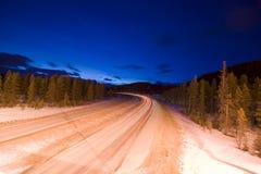 Carretera en la oscuridad Fotos de archivo