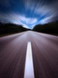 Carretera/falta de definición de movimiento imagenes de archivo