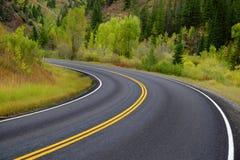 Carretera nacional en Autumn Fall para viajar Foto de archivo