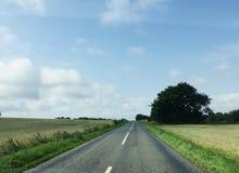 Carretera nacional en Dinamarca imagen de archivo libre de regalías