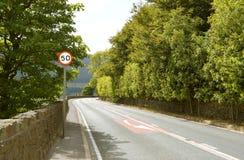 Carretera nacional en Dovestones foto de archivo