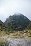 Carretera nacional en las montañas Fotos de archivo libres de regalías