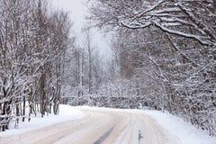 Carretera nacional en nieve Imagen de archivo libre de regalías