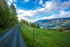 Carretera nacional en Noruega fotografía de archivo libre de regalías