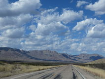Carretera sola Fotografía de archivo libre de regalías
