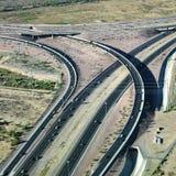 Carretera y paso superior. Imagen de archivo libre de regalías
