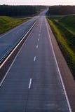 Carretera y puesta del sol del país Gran naturaleza del camino claro alrededor Fotografía de archivo