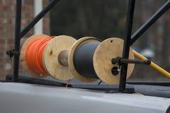 Carretes de cable de la tecnología de la televisión por cable Imagen de archivo libre de regalías