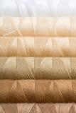 Carretes de costura del hilado Imagen de archivo