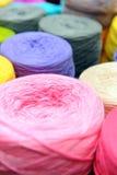 Carretes de hilos de coser Imagen de archivo libre de regalías