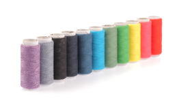 Carretes de los hilos de los colores Imagen de archivo libre de regalías