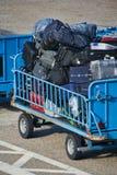 Carretilla del bagaje en el aeropuerto Foto de archivo libre de regalías