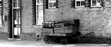 Carretilla del equipaje Imagenes de archivo