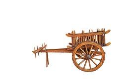 Carretto di Bullock di legno su fondo bianco, percorso di ritaglio immagini stock libere da diritti