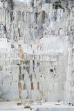 Carrière de marbre de Carraran Image stock