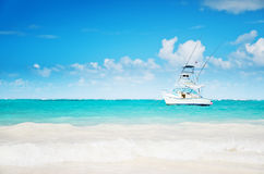 Carribean sea and sailing yacht near the coastline of Punta Cana Royalty Free Stock Photography