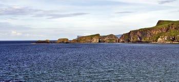 Carrick Rede, побережье моста веревочки, Северная Ирландия Стоковое Изображение