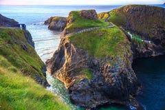 Carrick-A-Rede绳索在北爱尔兰 免版税图库摄影