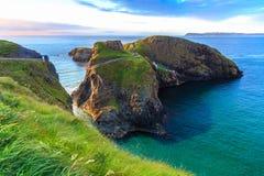 Carrick-A-Rede绳索在北爱尔兰 图库摄影