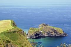 Carrick un pont de corde de Reed, Irlande Image stock