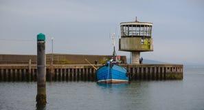 Carrickfergus Hafen-Radarstation stockfotos