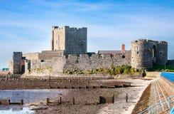 Carrickfergus slott som är nordlig - Irland Royaltyfri Fotografi